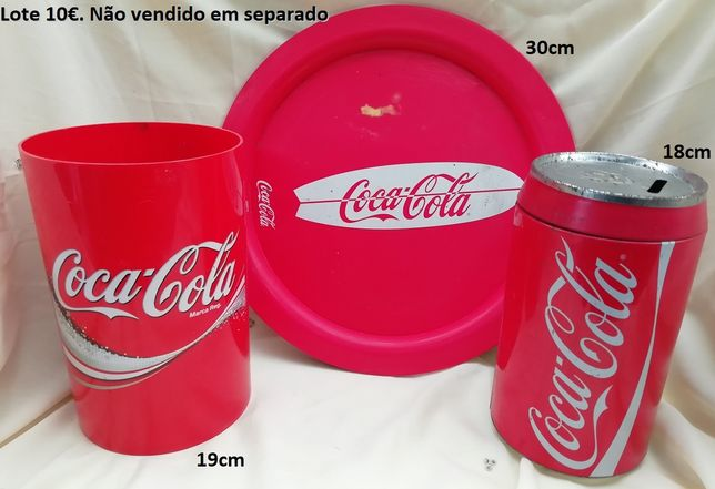 Coca cola,Barbies,barcos,apliques e candeeiros