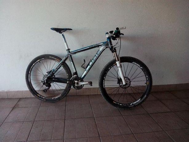 Bicicleta BTT Cube LTD Pro