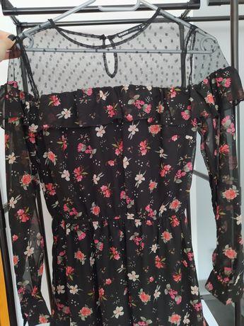 Czarna sukienkaa