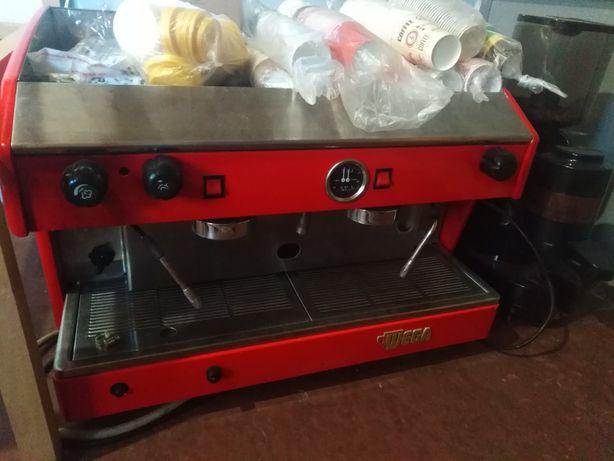 Профессиональная кофемашина Wega Atlas Gas