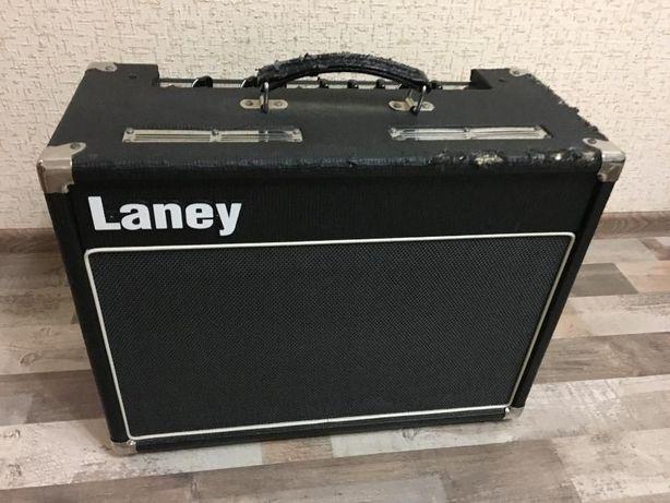 Продам Laney VC30 210 made in UK+футсвич FS2+новый комплект ламп!