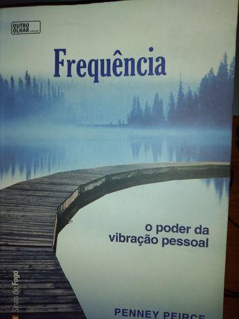 """Livro """"Frequência"""""""