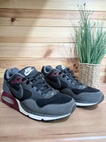 Крассовки Nike air