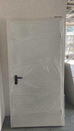 Двери металлические, технические.Цена 3800грн