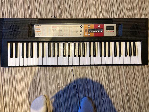 KEyboard yamaha  PSRF50