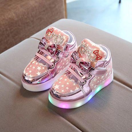 Светящиеся кроссовки сникерсы ботинки