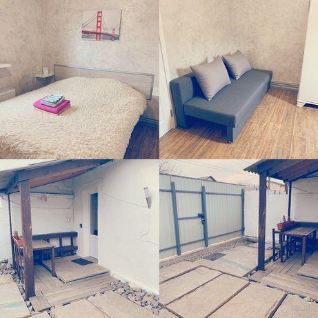 Аренда посуточно 2-комнатной квартиры в частном доме троещина