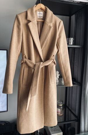 Płaszcz wełniany nude beż klasyk z paskiem