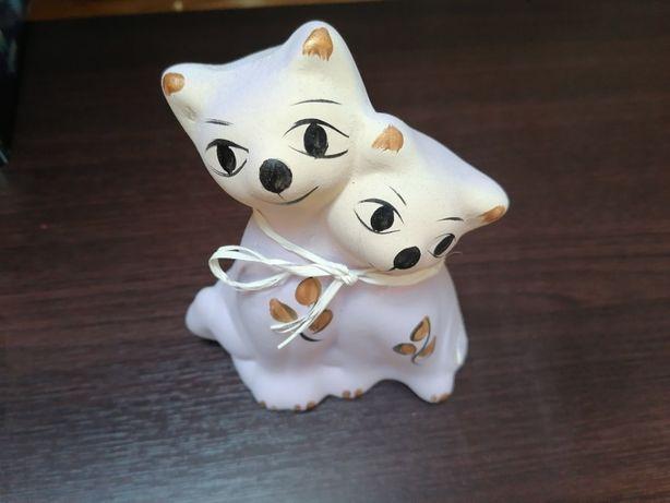 Dekoracyjna figurka koty