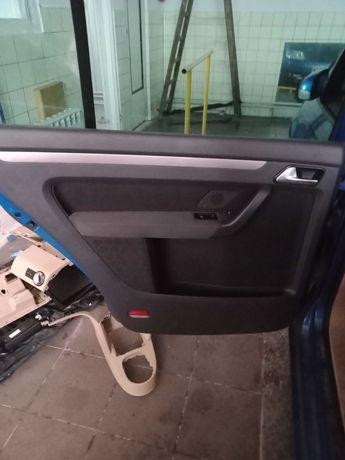 Sprzedam drzwi lewe przód i tył VW Touran 2003