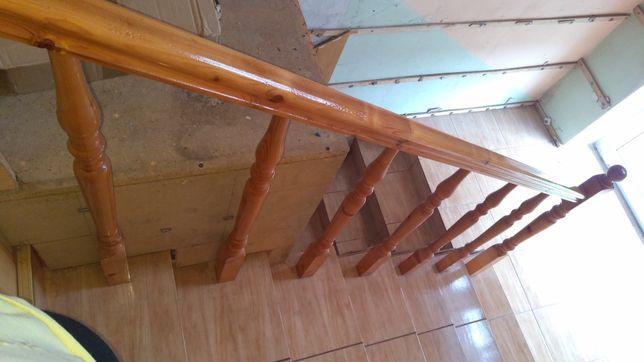 Barierka balustrada schodowa na schody drewniana