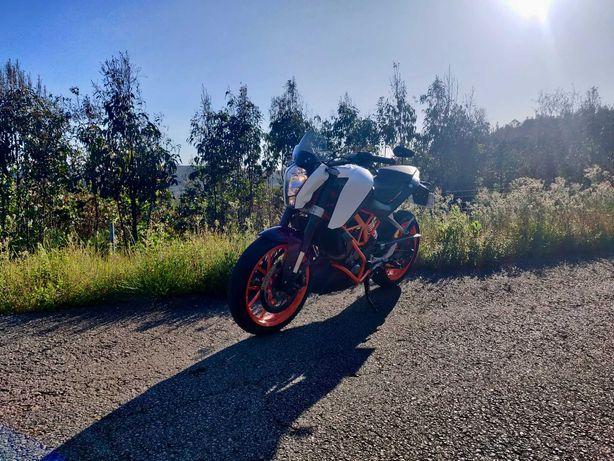 KTM Duke 390 ABS 2014