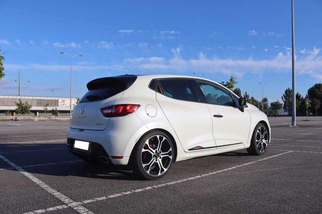 Renault Clio IV RS TROPHY