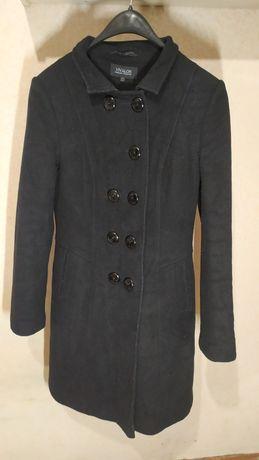 Красивое женское пальто зима