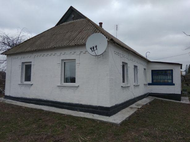 Продаж будинку в селі Поправка
