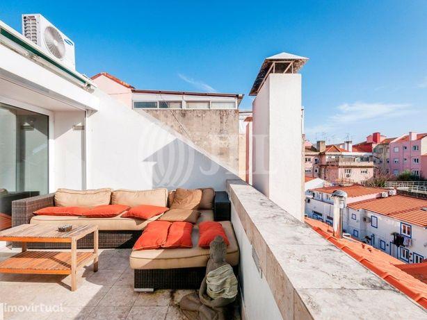 Apartamento T5 duplex, com terraço e um lugar de garagem ...