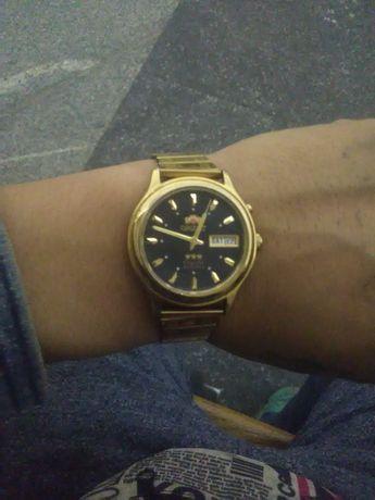 Продам часы Ориент