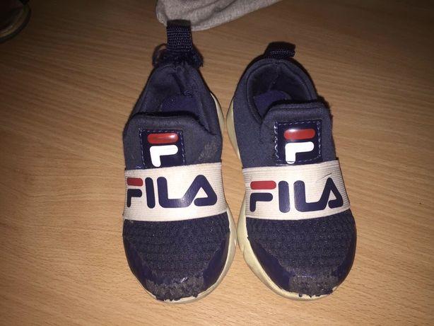 Очень удобные кросовки Fila, 22