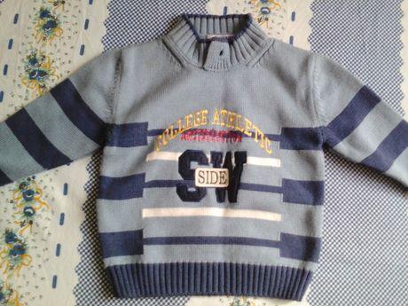 продам детский свитерок НОВЕНЬКИЙ