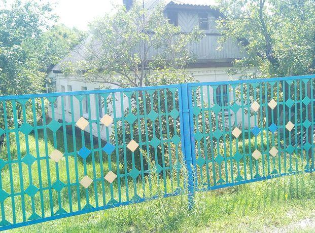 Продается будинок в селi Розважiв.
