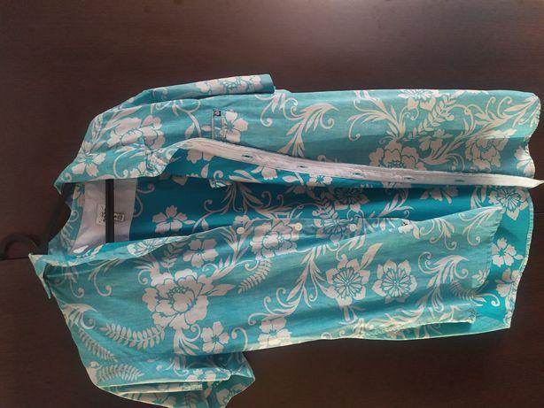 Camisa azul florida