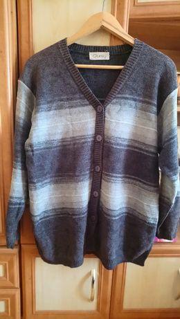 Szary sweter w paski 2XL/3XL