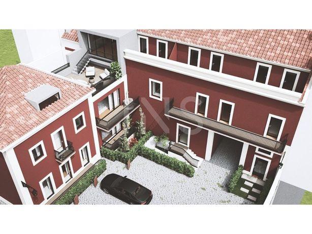 Apartamento T3 Duplex para venda no condomínio privado Pá...