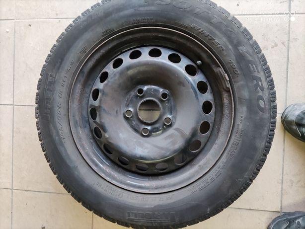 Opony Pirelli Pirelli 195/65R 15 felgi 6jx15h2 - 4 sztuki