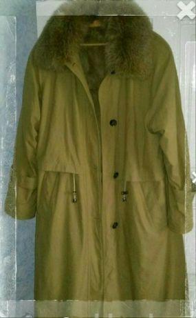 Женское пальто,размер примерно 60 ,ПОГ до 120 см,рост 164/170см.