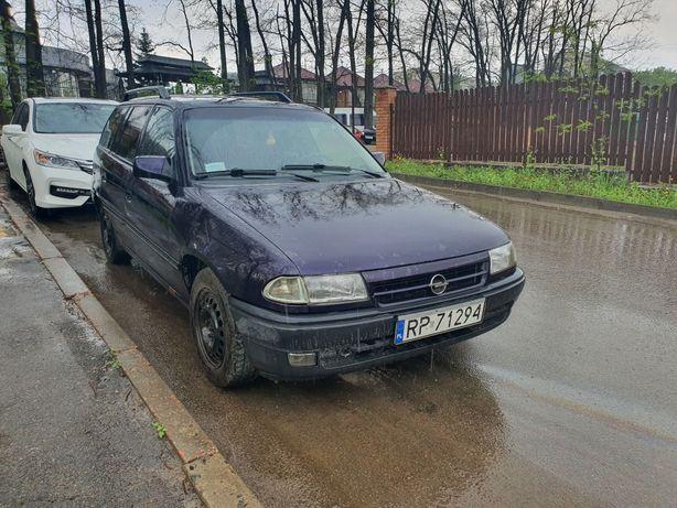 Opel Astra F 1.6