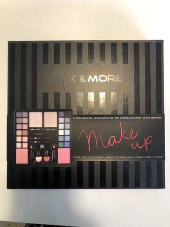 Max & More - make up - paleta do makijażu
