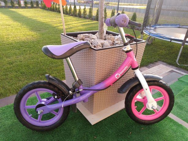 Rowerek biegowy dla dziewczynki Lionelo