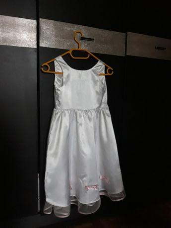 Elegancka sukienka wizytowa na strój anioła.