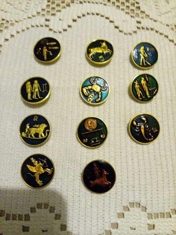 Продам значки со знаками зодиака