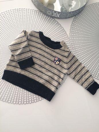 Sweterek chicco jak nowy