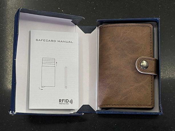 Carteira com Porta Cartões RFID Couro Estilo Secrid Nova