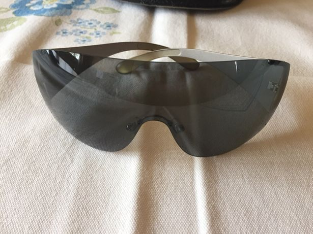 Óculos de sol da Vogue