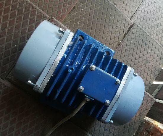 Silnik wibracyjny elektrowibrator 2 szt 2.0kw 380/230v