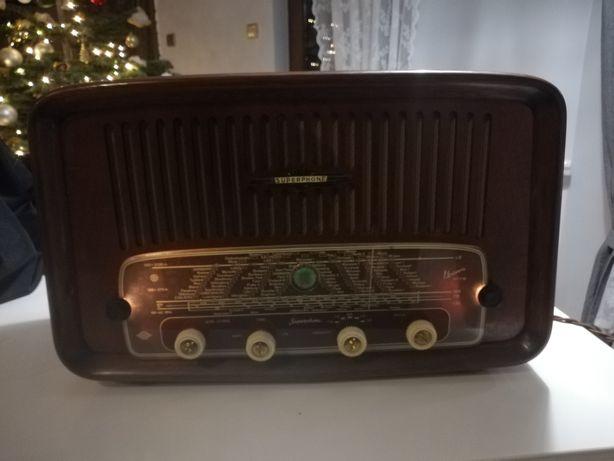 Radio Superfhone Univers 587