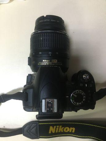 Продам фотоапарат Nikon D3100