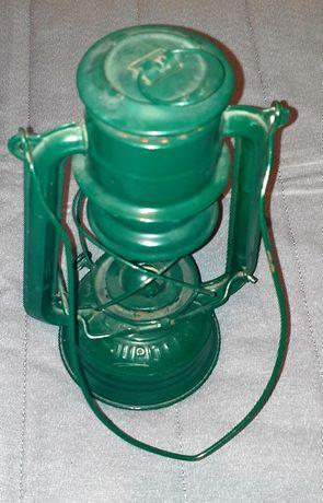 Stara lampa naftowa