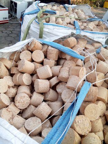 Brykiet z drewna bukowego dowóz 10 kg worki transport do kominka co