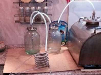 дистиллятор (змеевик, охладитель, холодильник )для эфирных перегонок