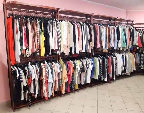 Stojaki, wieszaki, regały sklep odzieżowy