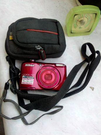 Фотоаппарат цифровой, неисправный,требует ремонта.