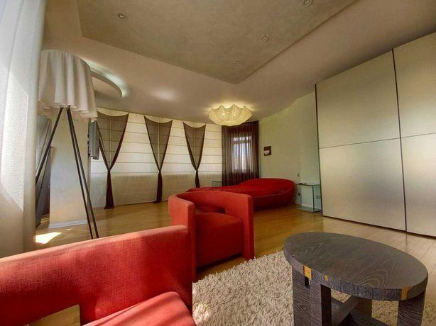 Шикарная 200 м2 квартира для Вашей семьи с видом на парк Победы