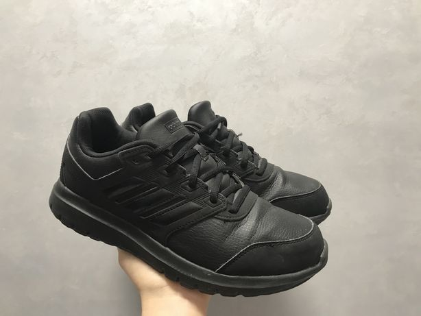 Adidas 40 Кожа кроссовки