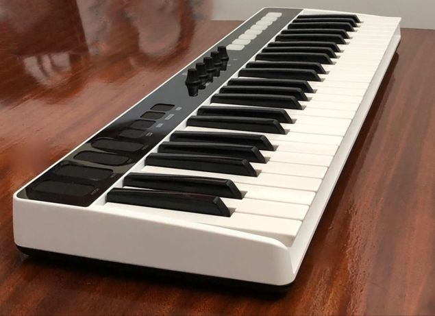 Irig keys I/O 49 - Piano controller keyboard