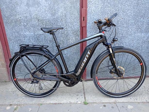 Електро велосипед Giant Explore. Колеса 28. Покришки 1.75. Рама 49-50