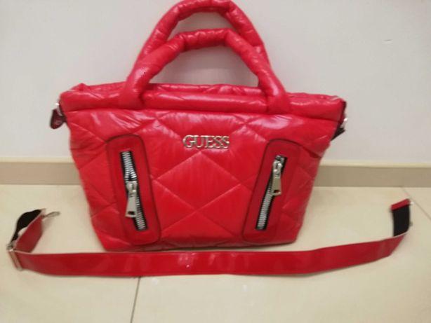 Nowa torba torebka A4 Guess. czerwona. Premium. Miękka i lekka